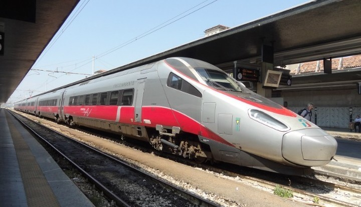 Trenitalia: 500 posti di lavoro tra capi