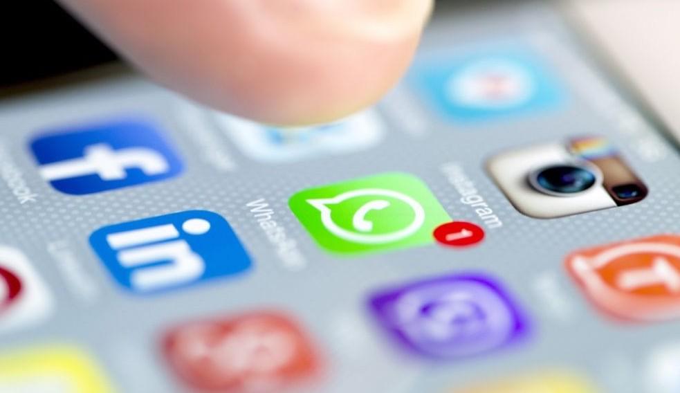 Truffa sms e Whatsapp insieme, svuota co