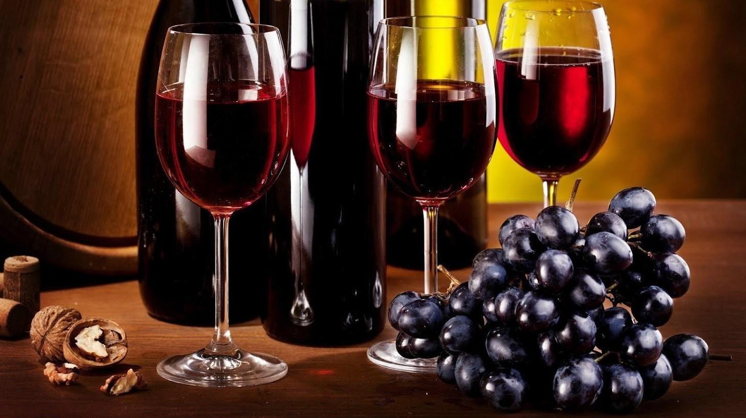 Vino, scoperto e trovato il vino più ant