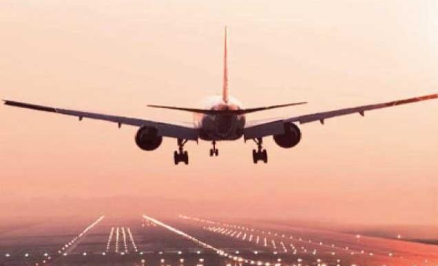 Voli aerei, � boom dei low cost. E due t