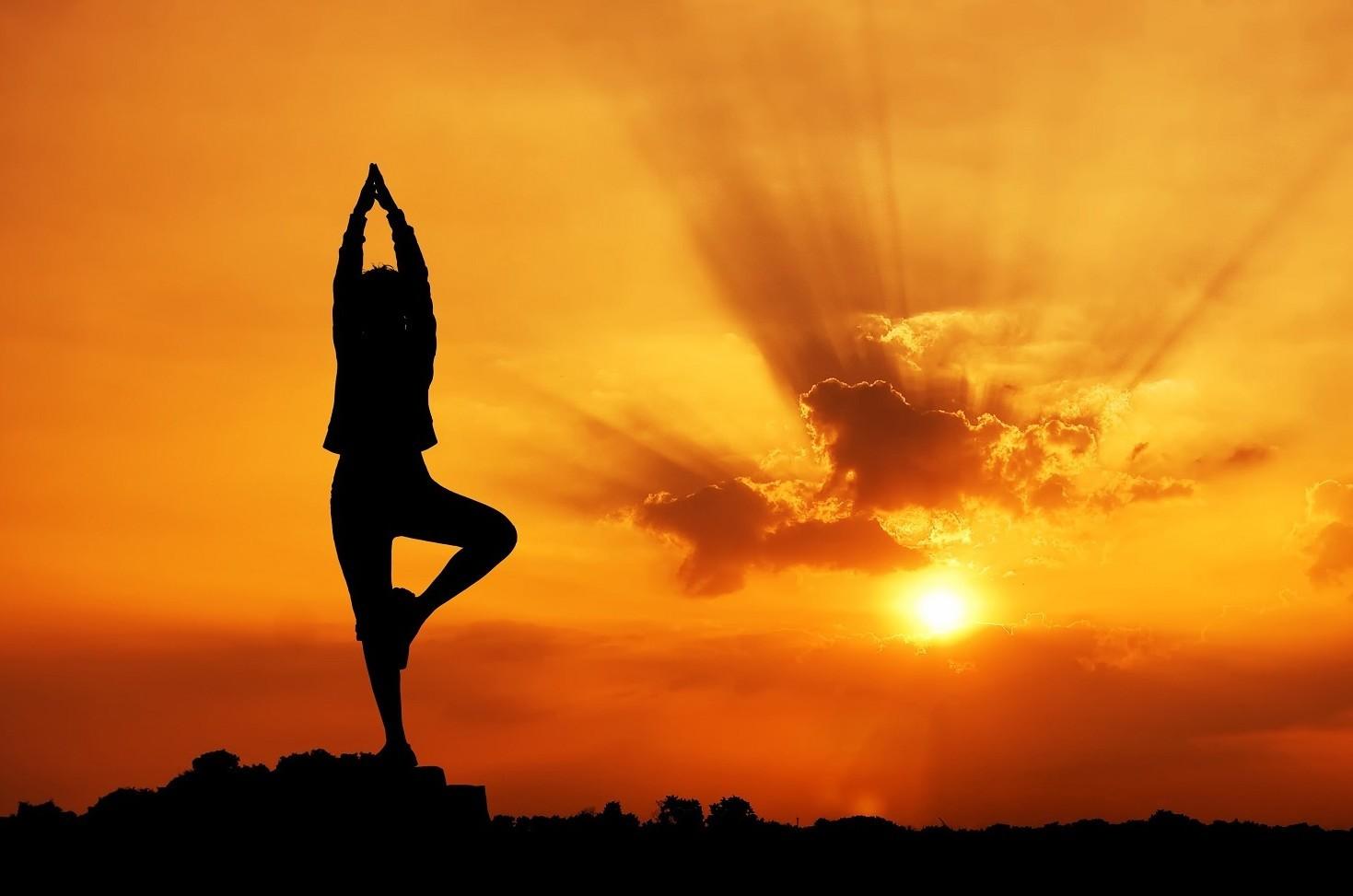 Yoga: numerosi benefici poco conosciuti