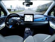 Auto guida autonoma: investimenti e rischi