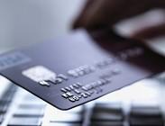 Soldi rubati da carta di credito