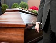 Funerale, ospedale, risveglio
