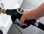 Benzina, distributori, truffa