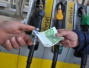 Come difendersi dai trucchi dei benzinai