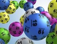 Estrazione Lotto, SuperEnalotto, 10eLotto numeri usciti ieri giovedì estratti vincenti ufficiali 12 Febbraio 2015 tutte le ruote