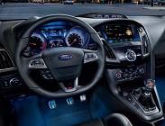 Ford Focus nuova, guida da sola