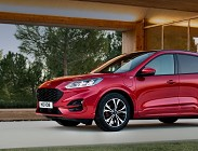 Prezzi e dotazioni Ford Kuga ibrida