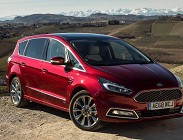 Ford S-Max 2019 con tanti optional