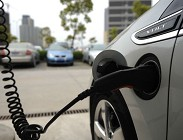 Tendenza auto elettriche in crescita