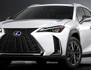 Lexus ES Hybrid 2019, nuova auto