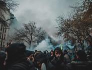 Pensioni Francia proteste sindacati