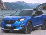 Versioni e prezzo Peugeot e-2008 elettrica