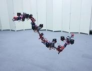 Robot drago, in volo cambia forma