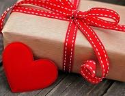 San Valentino 2017: idee regali per lui e per lei, tutti i gusti. Frasi più belle, d'amore, originali, romantiche