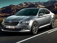 Skoda Superb, restyling avanza