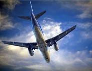 Guerra sulla tassa su imbarco aereo