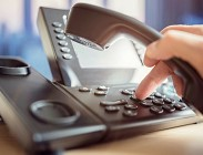 Telecom, abbandono telefono fisso